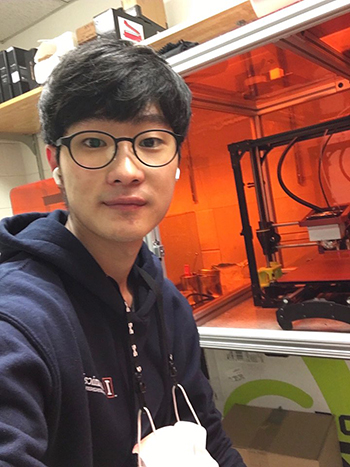 "Jonghyun Hwang, Illinois Mechanical Engineering student, who developed an ""Artificial-Muscle-Based Exoskeleton as Shock-Absorbing Assistive Device."""