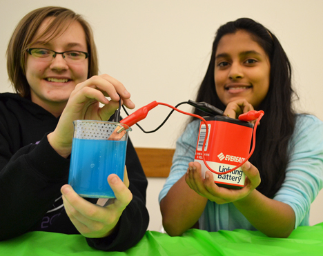 Sophie Quackenbush and Komal Kumaran ready to demonstrate electroplating to NanoDays visitors.