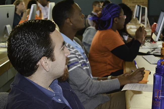 Adrian Gomez (left) and other undergrads during their ASPIRE campus visit.
